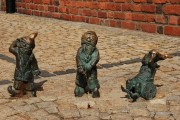 Вроцлав - мини-статуи гномиков